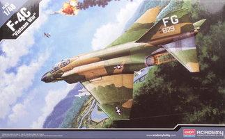 Academy F-4c