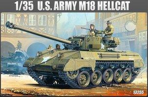 Academy M-18 Hellcat 1:35
