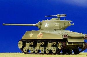 Easy Model  Sherman M4 3(76)W Middle Tank 1  1:72