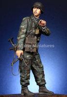 Alpine Miniatures WSS Grenadier Officer