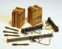 Plusmodel Bazooka M9 1:35