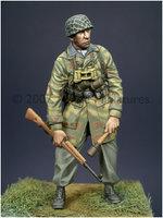Alpine Miniatures WW2 German Paratrooper 1:35