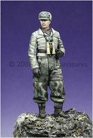 Alpine Miniatures WW2 German Winter Panzer Officer 1:35